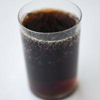 bilans_zyskow_i_strat_kalorie_witaminy_skladniki_mineralne_cola